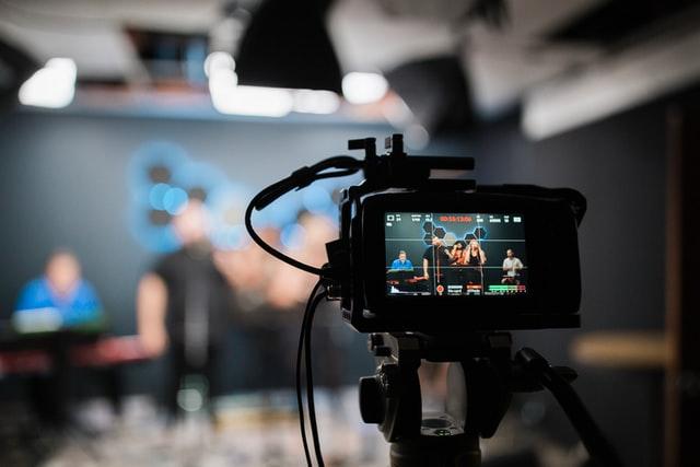Youtube Channel कैसे बनाएं और जानिए 1000 Views से कितनी कमाई होती है?