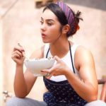 Huna Onao चीनी 'मांसपेशी वाली लड़की' ने इंटरनेट में तूफान ला दिया है ; देखिये पूरा वीडियो; huna onao instagram id